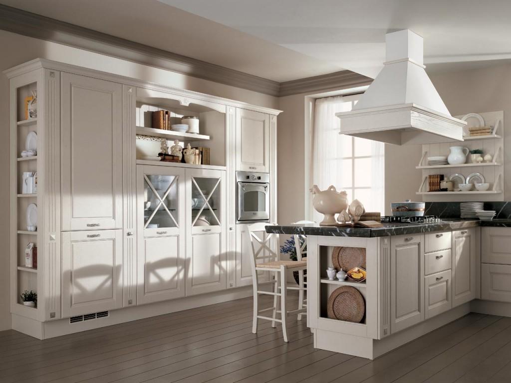 Белая кухня с полуостровом в классическом стиле