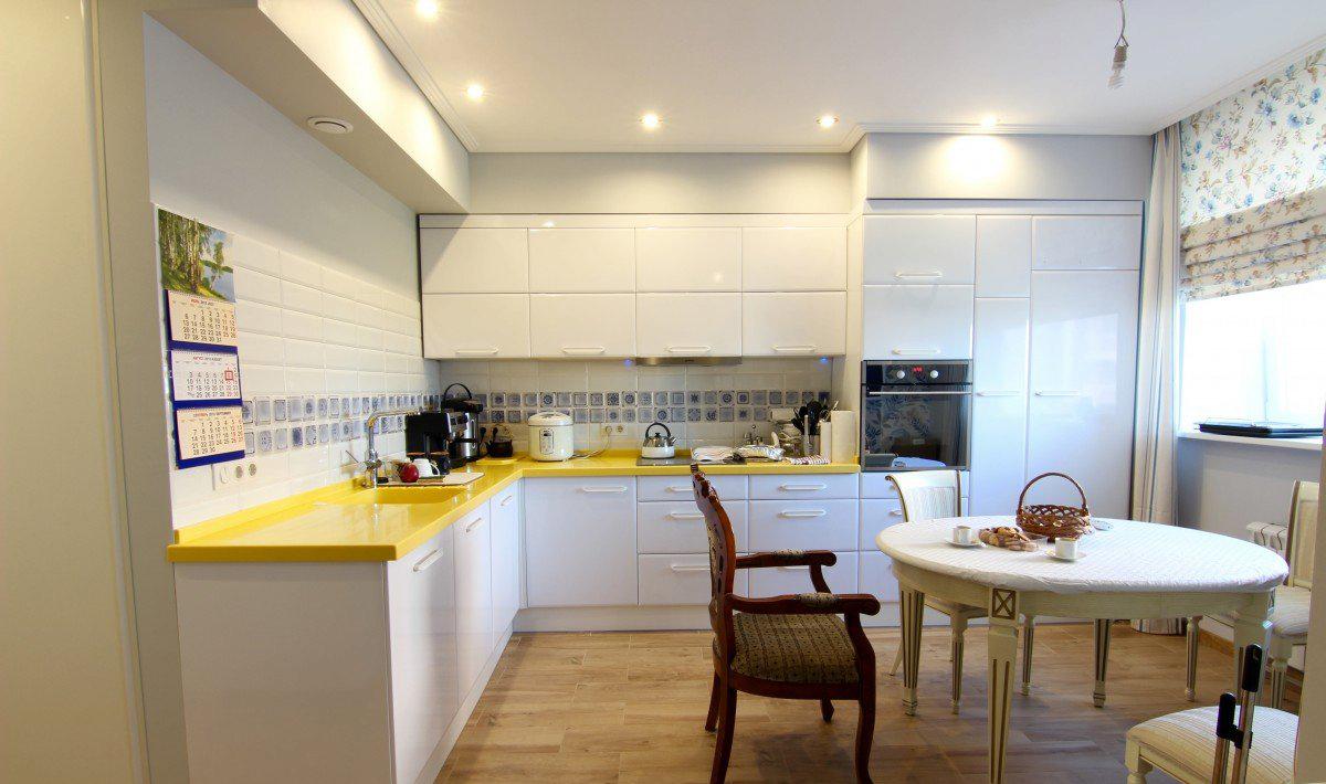 Дизайн белой кухни (21 фото): расширяем пространство и создаем уют