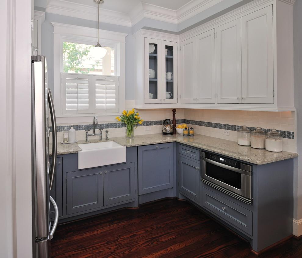 Сине-белый кухонный гарнитур