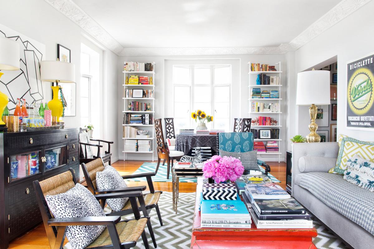 Яркие акценты в интерьере квартиры в стиле эклектика