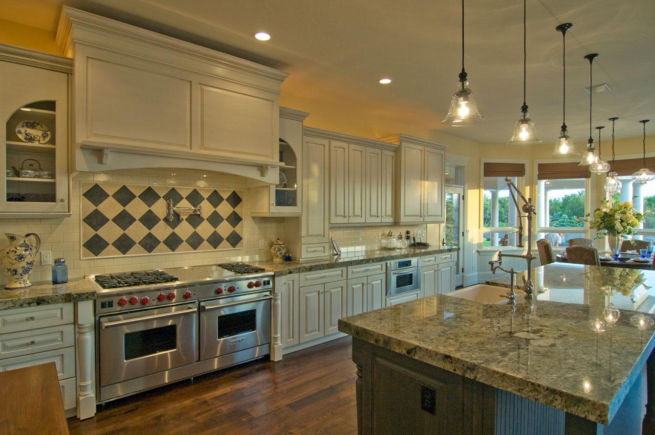 Дизайн кухни 20 кв м с эркером