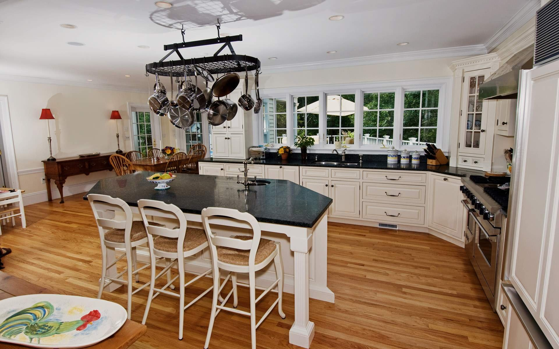 Дизайн кухни 20 кв м французский