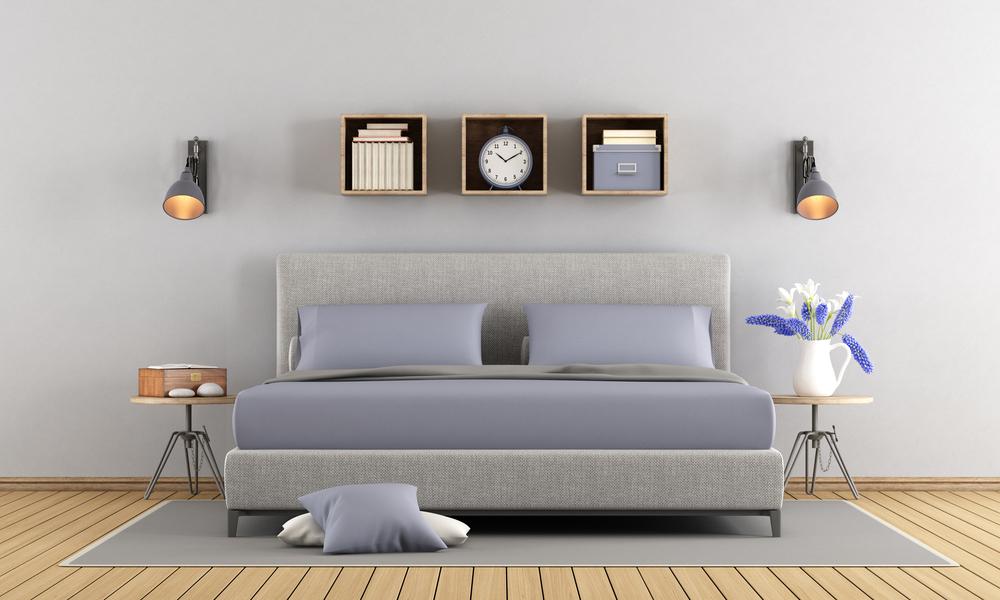Серо-сиреневая спальня