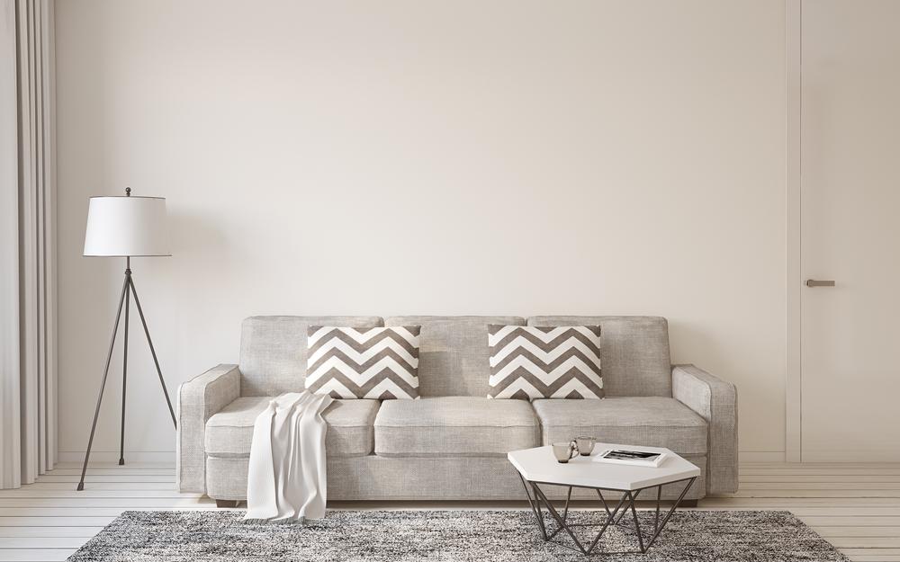 Светло серый диван