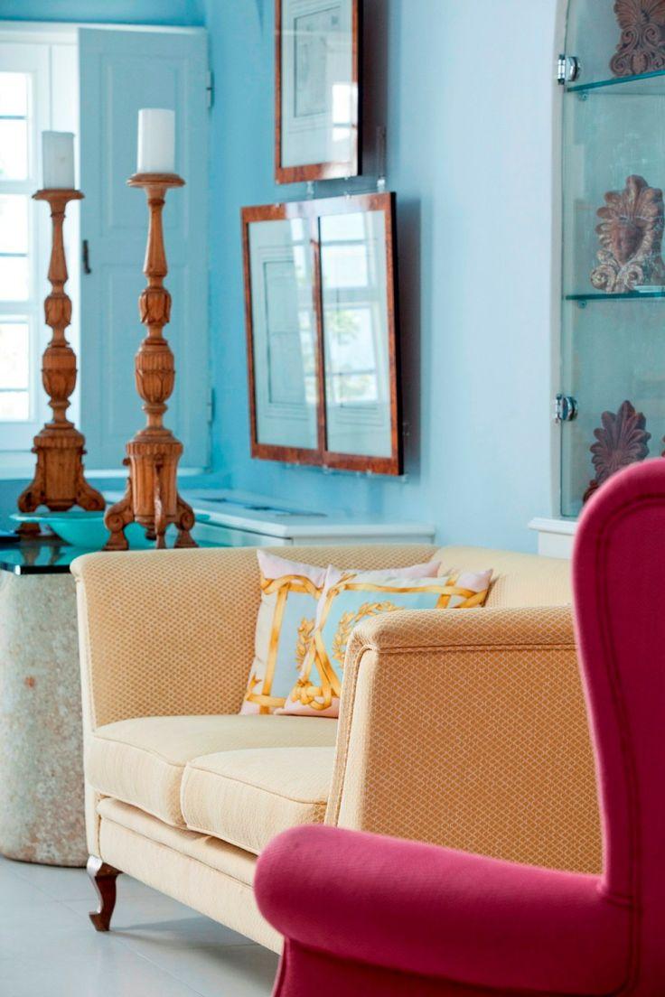Мебель в греческом стиле