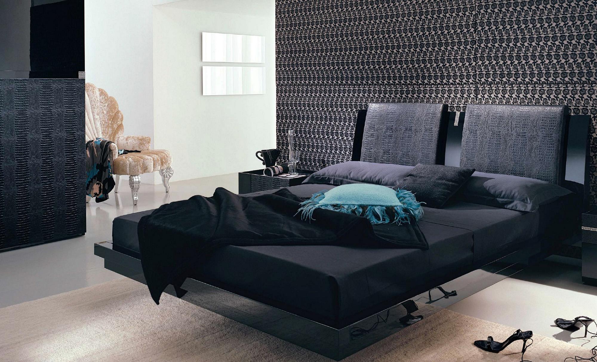 Черный, бежевый и белый цвета в интерьере спальни