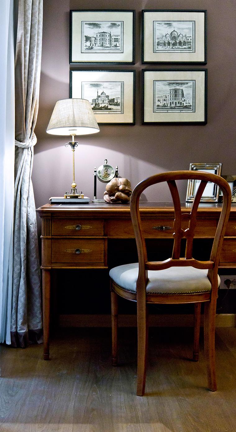 Деревянная мебель для домашнего кабинета