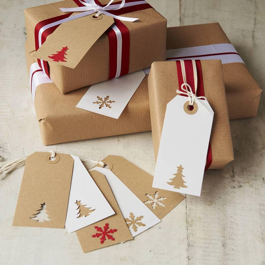Оформление подарка бумагой и лентами