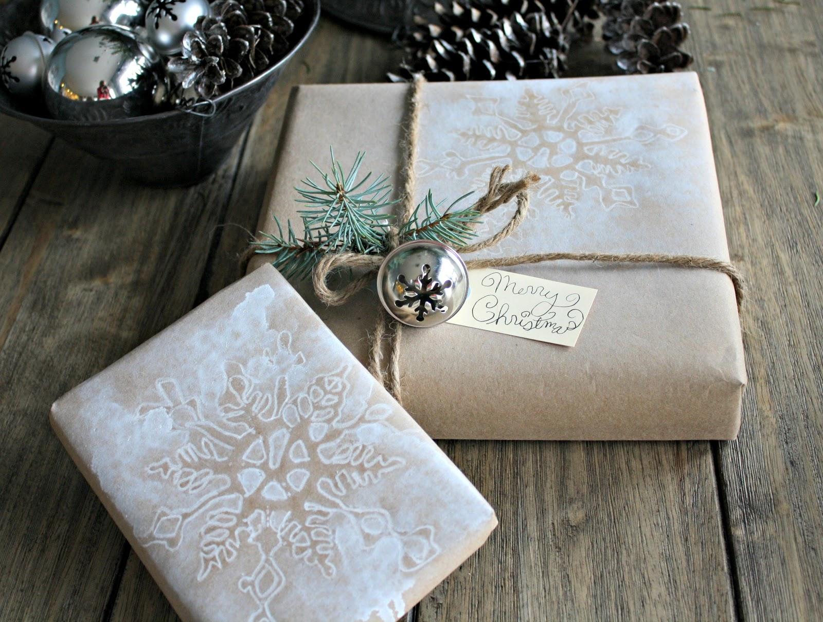 Разрисованная бумага для упаковки подарка
