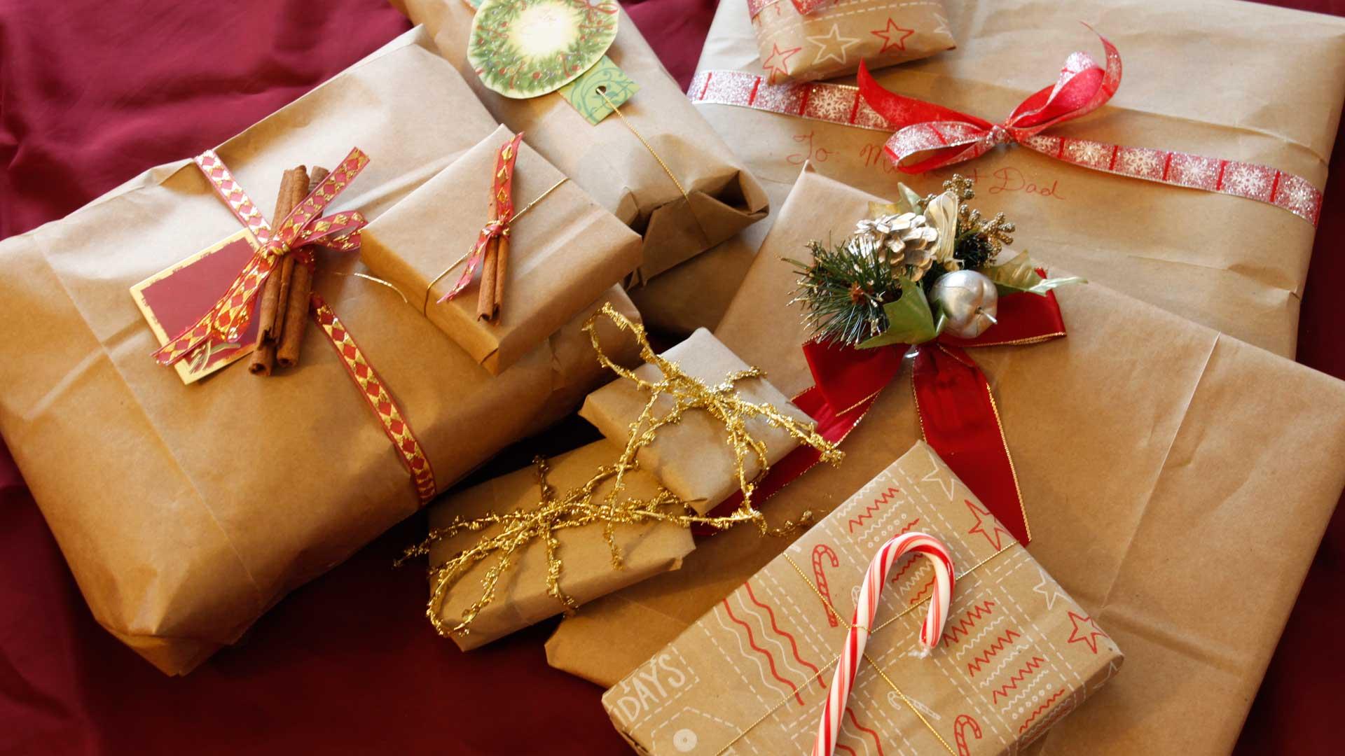 Красивое оформление бумажной упаковки подарков