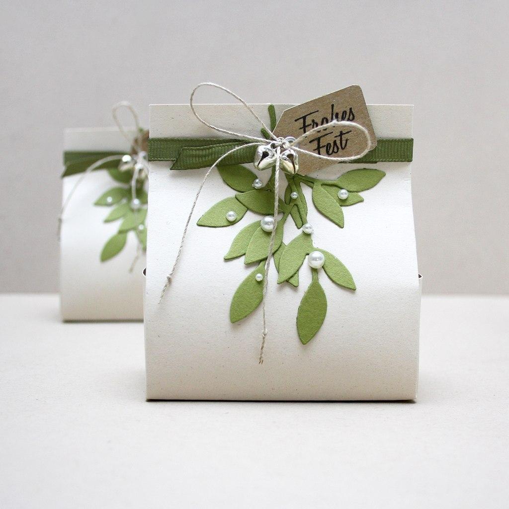 Декор картонных сумочек для подарков