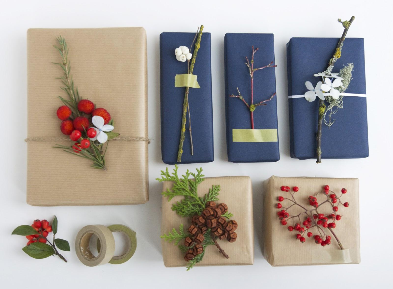 Веточки и бумага для оформления подарков