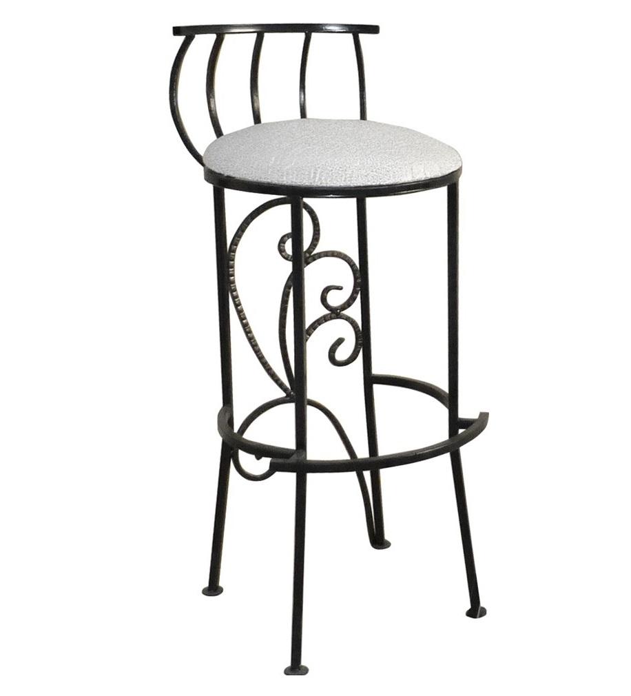 Красивый кованый барный стул