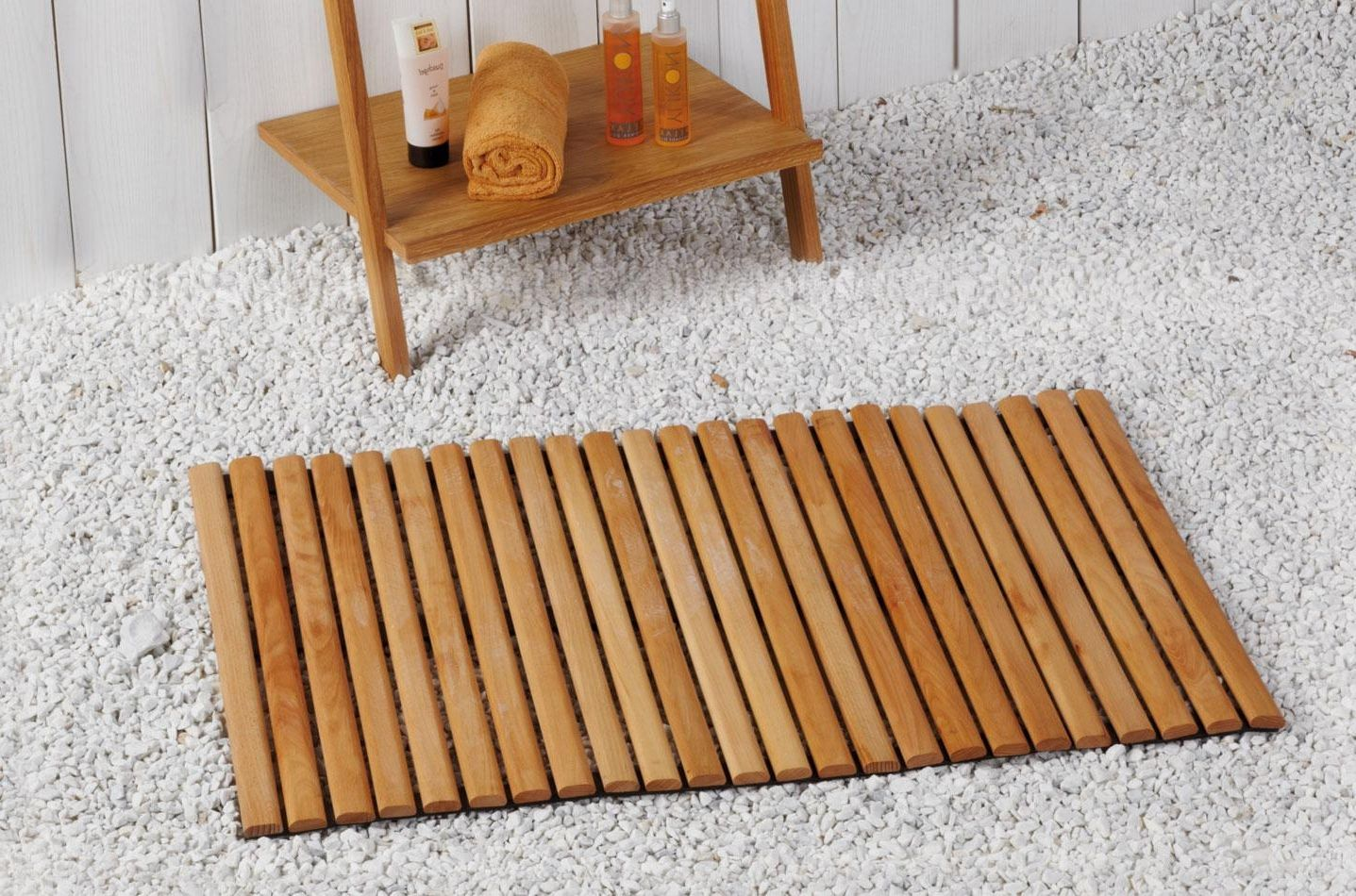 Бамбуковый коврик в ванной