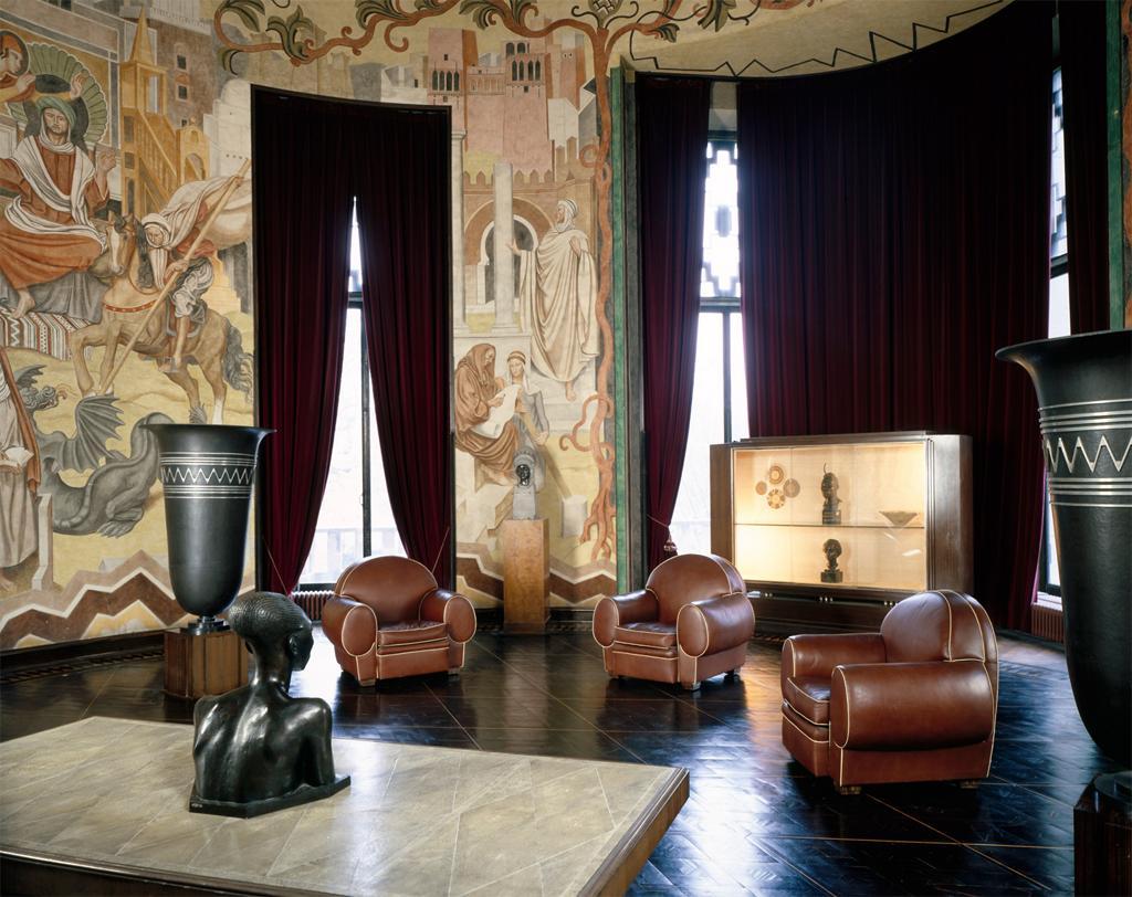 Кожаная мебель в стиле ар-деко