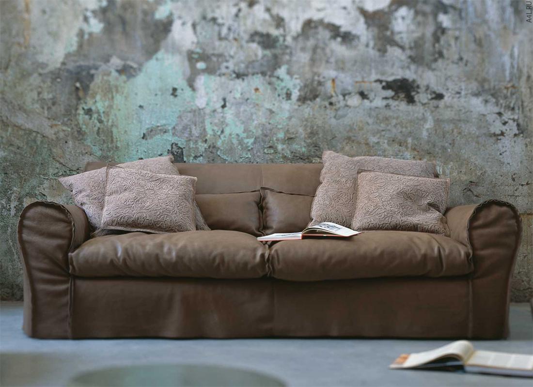 Кожаный чехол на диван