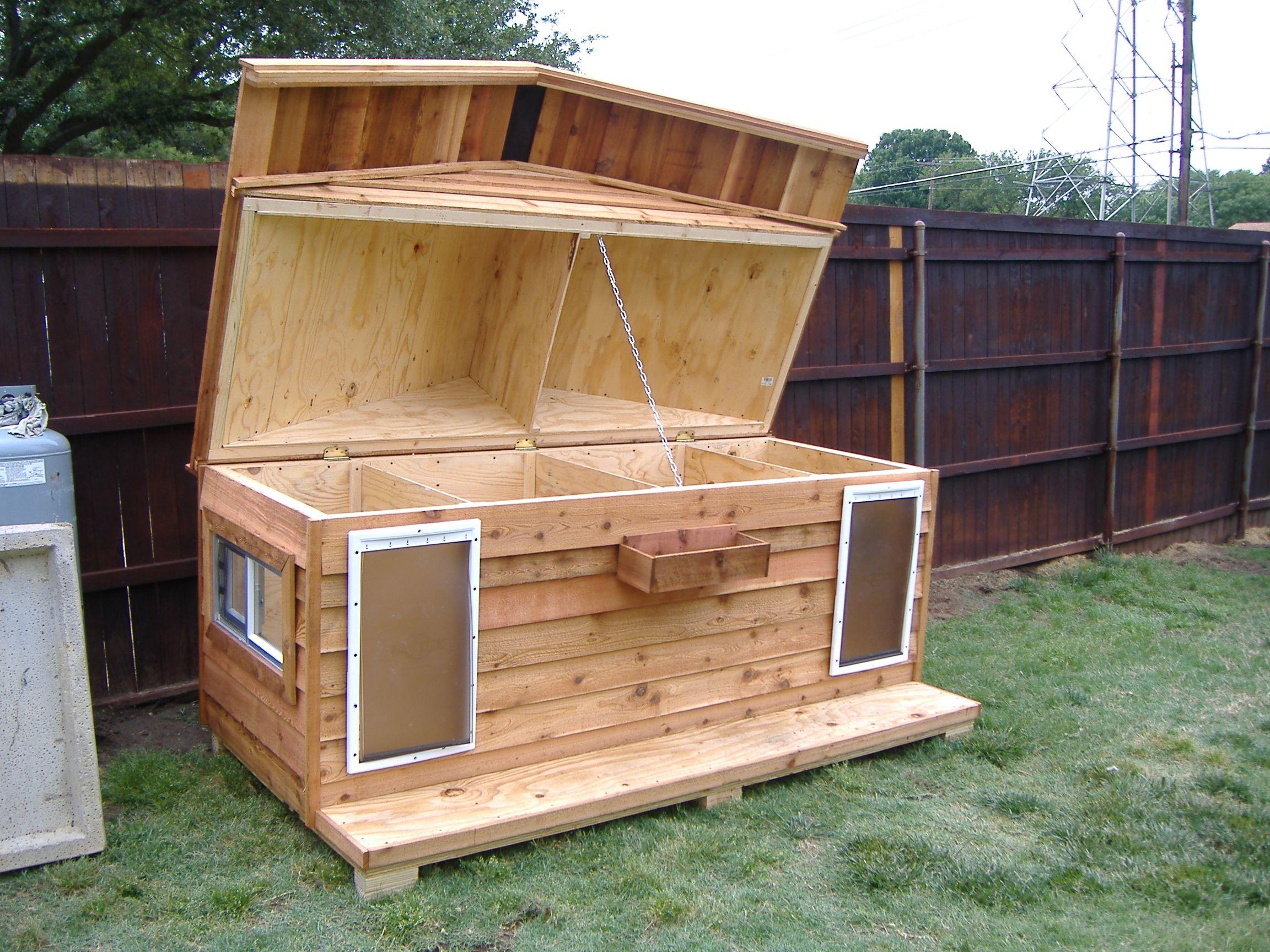 Будка для собаки с крышей
