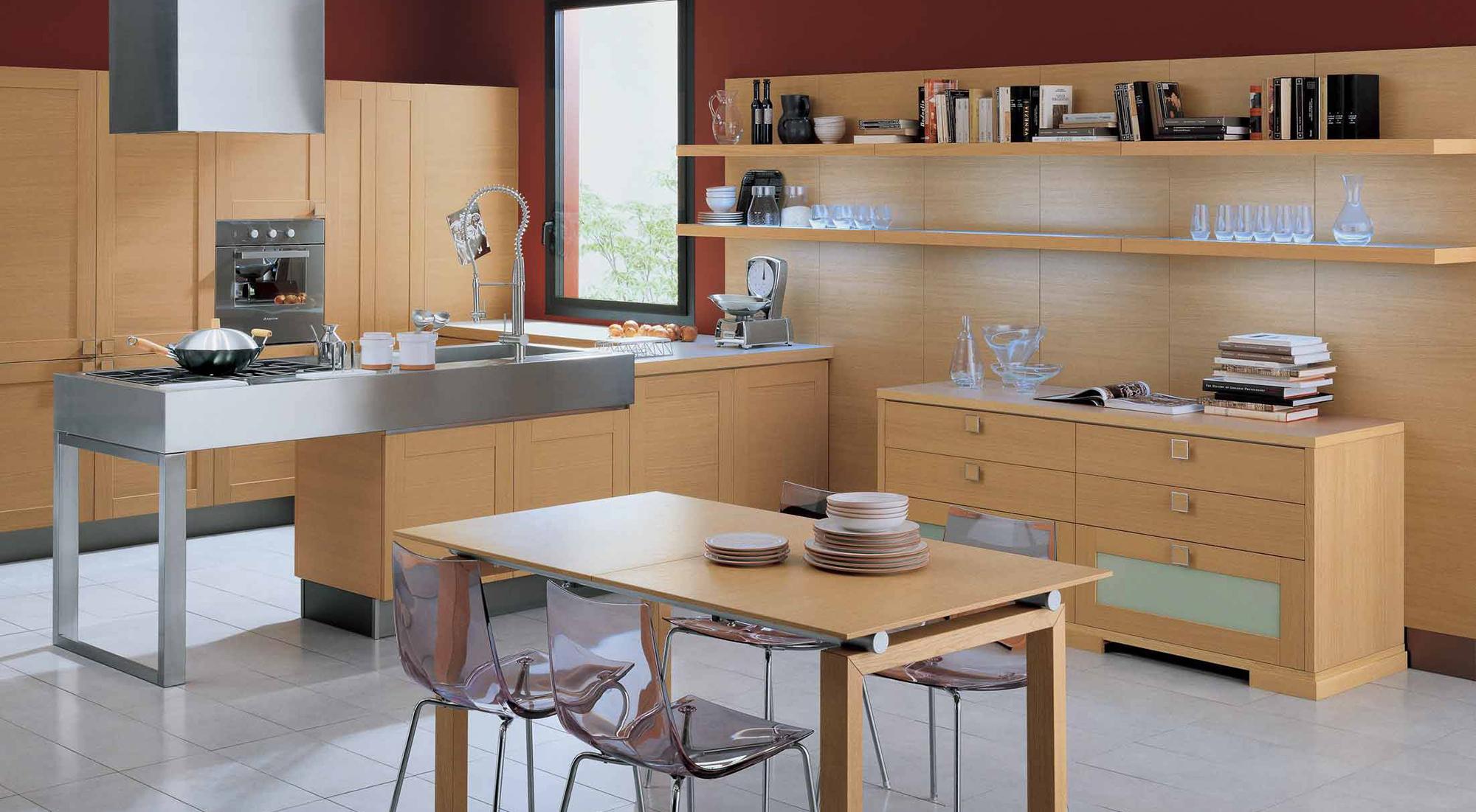 Коричневый, красный и белый цвета в интерьере кухни