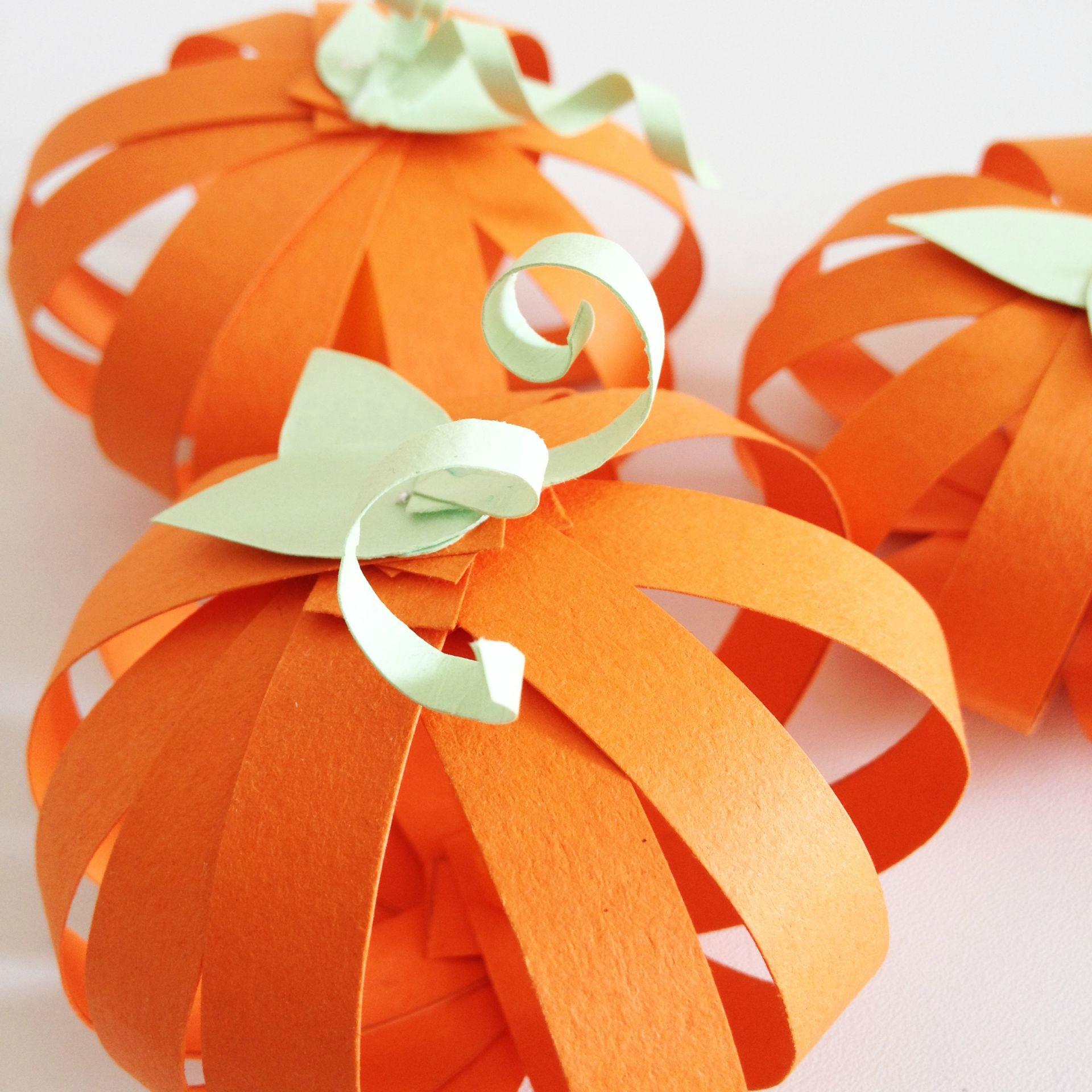 Тыквы на хэллоуин из бумажных лент