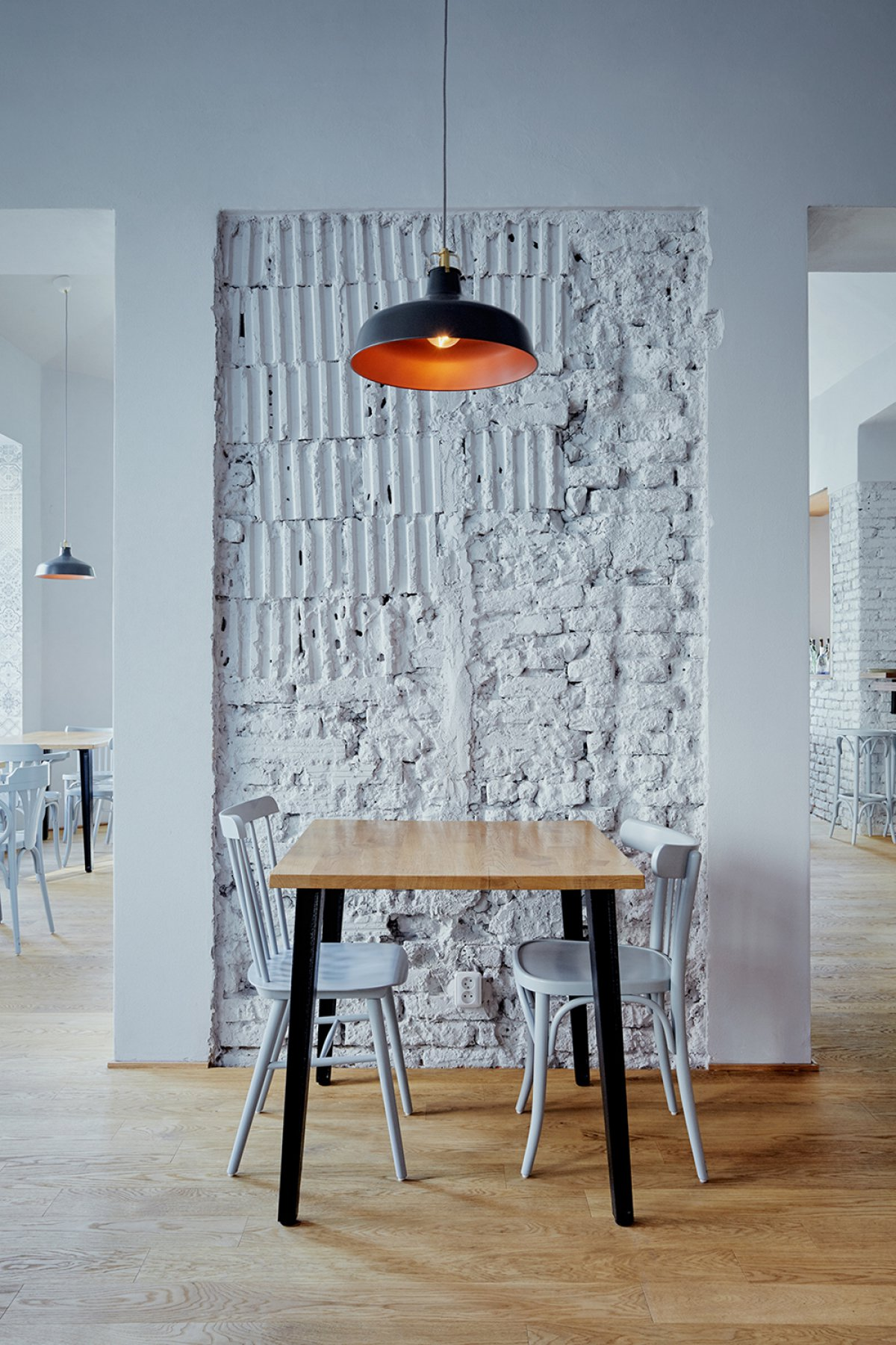 Декор стены в стиле лофт