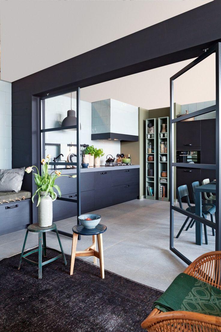 Кухня 14 кв. м в стиле лофт