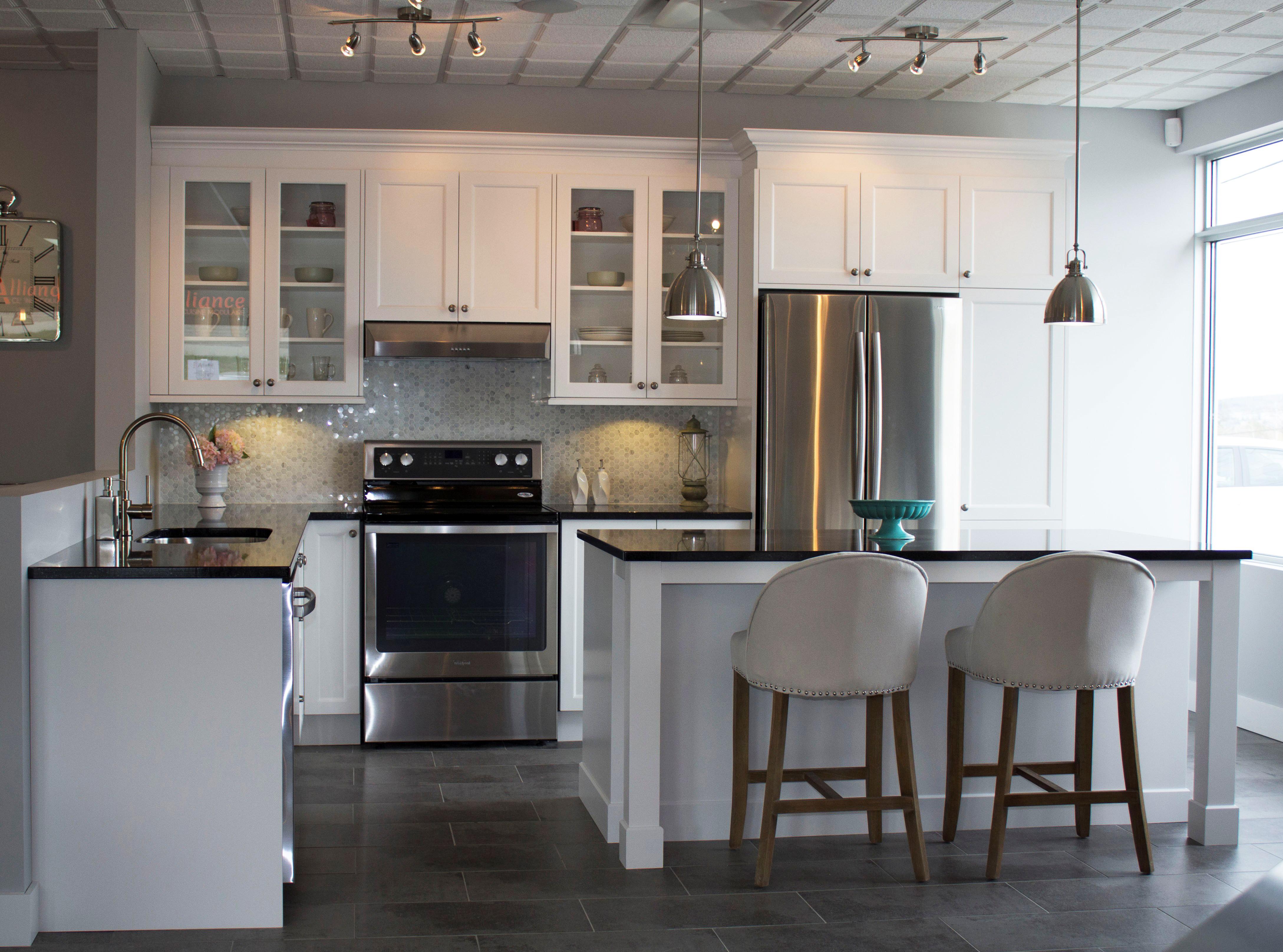 Кухня 14 кв. м в стиле модерн