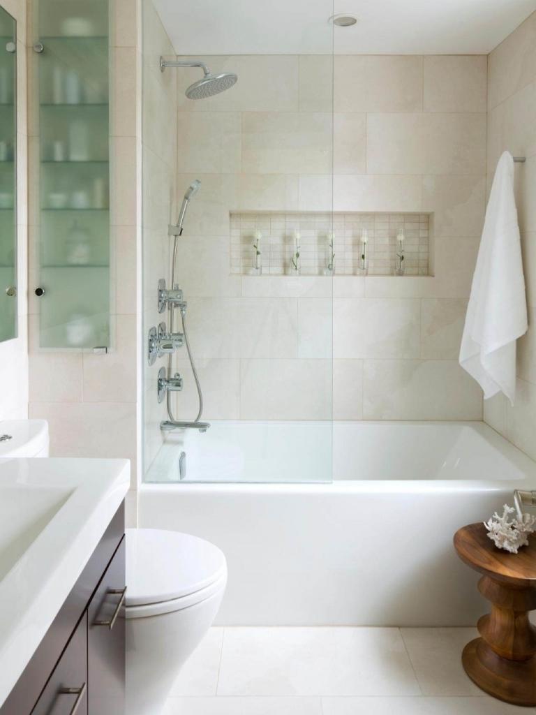 Ванная 9 кв. м с мраморной плиткой