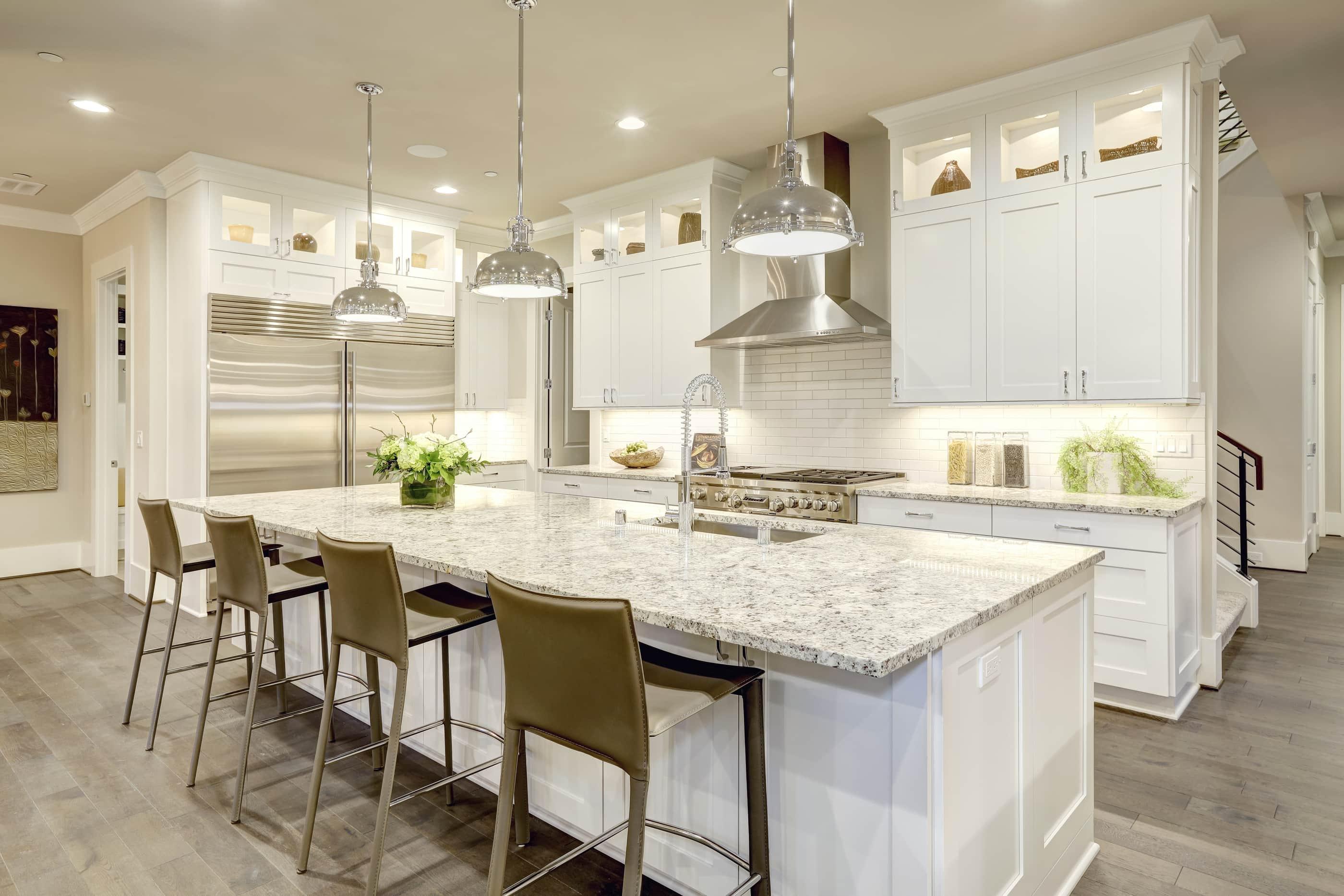 Дизайн кухни 20 кв м освещение