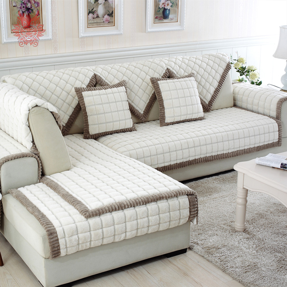 Чехол на диван с подушками