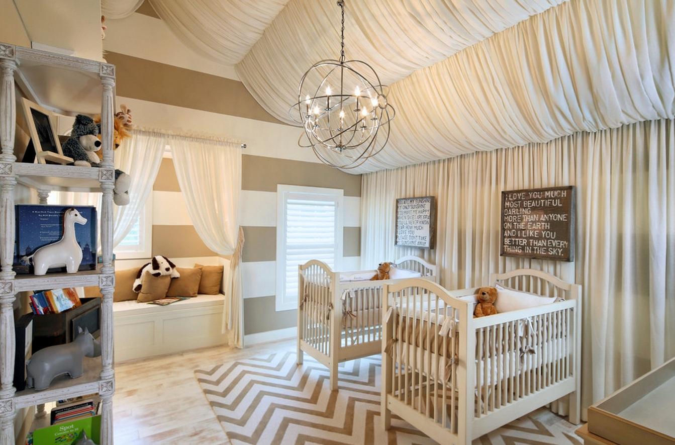 Украшение потолка тканью в детской