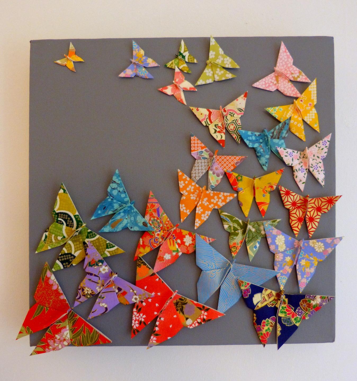 Разноцветные бабочки для декора