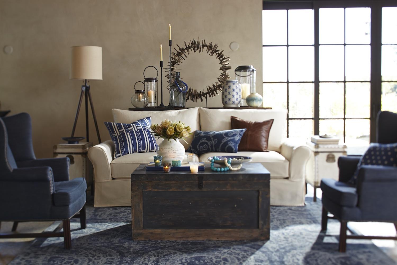 Синяя мебель в американском стиле