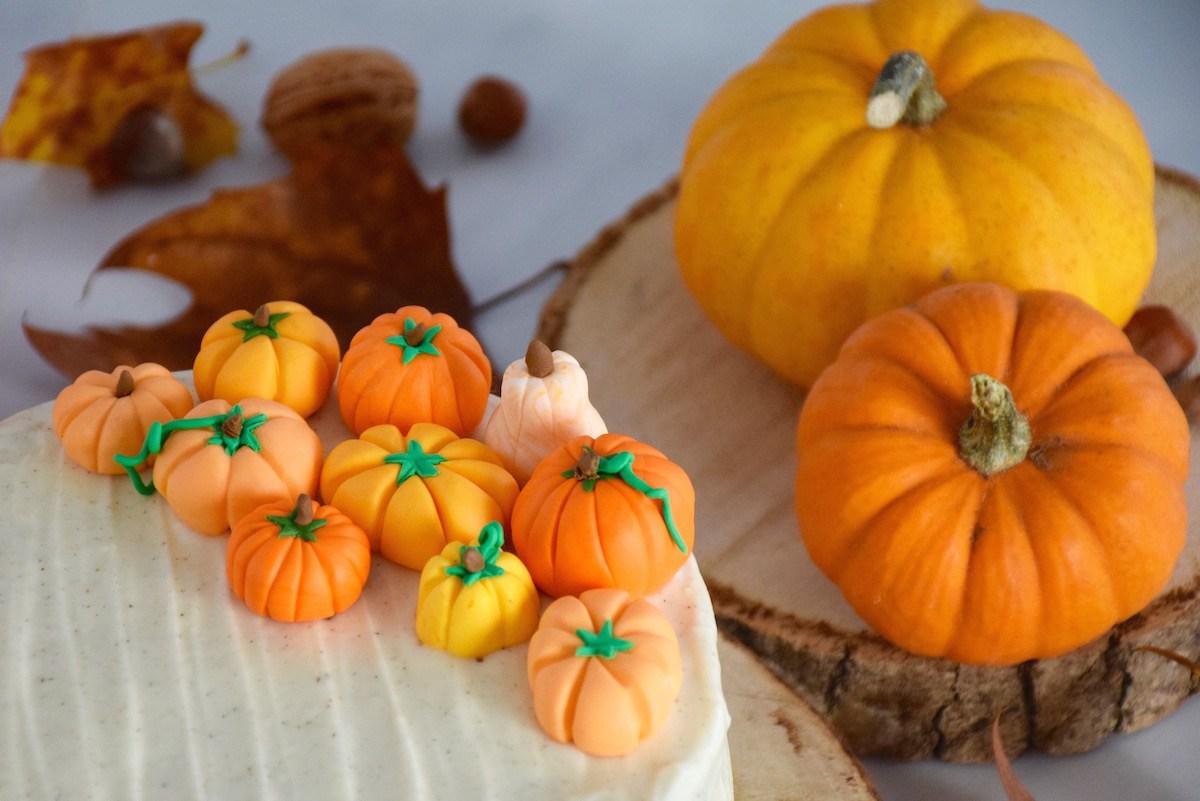 Сладости на хэллоуин в виде тыквы