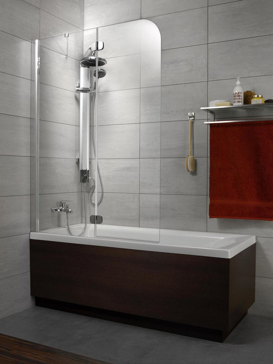 Стеклянная шторка в коричнево-серой ванной комнате