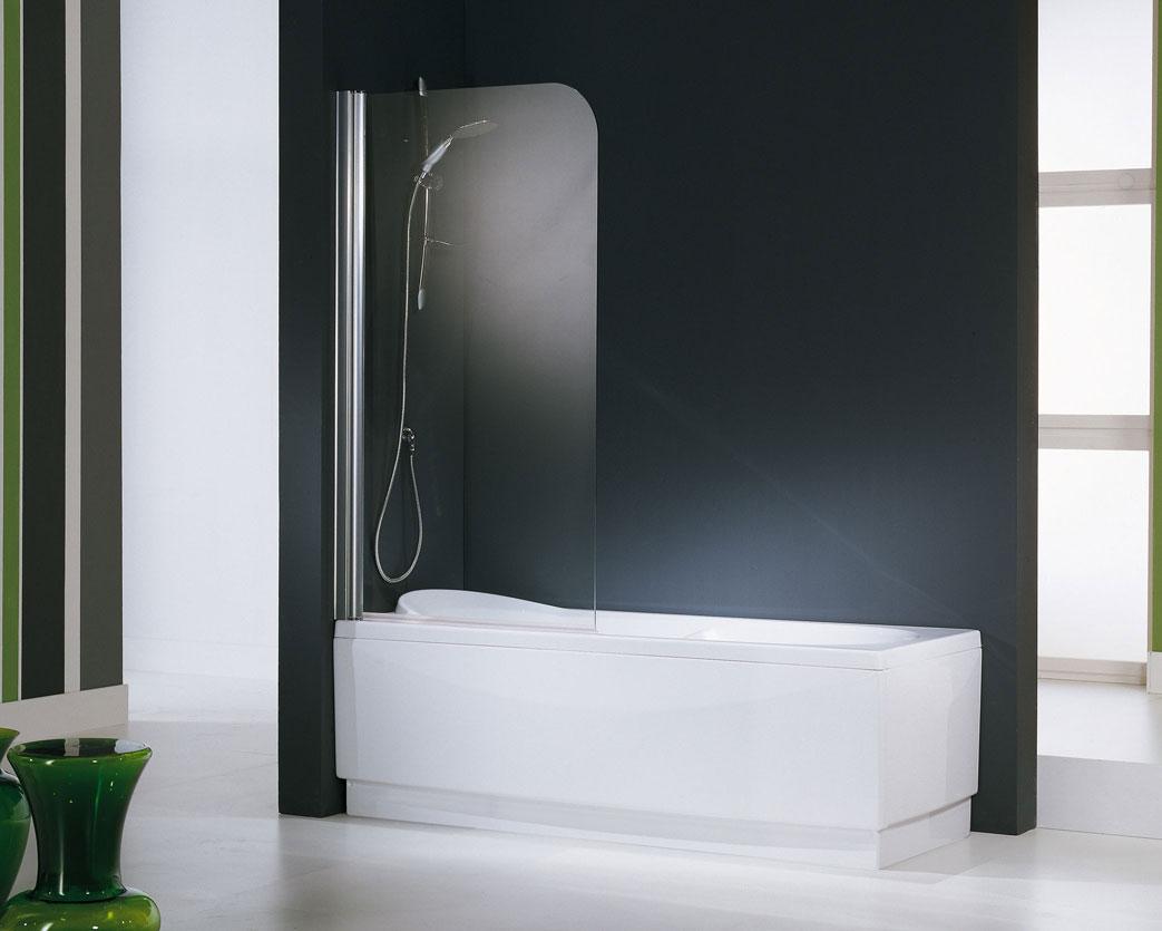 Экран из стекла в ванной