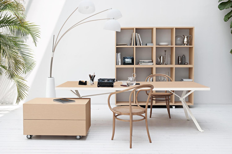 Мебель в стиле хай-тек