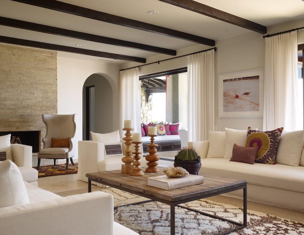 Мебель в романском стиле