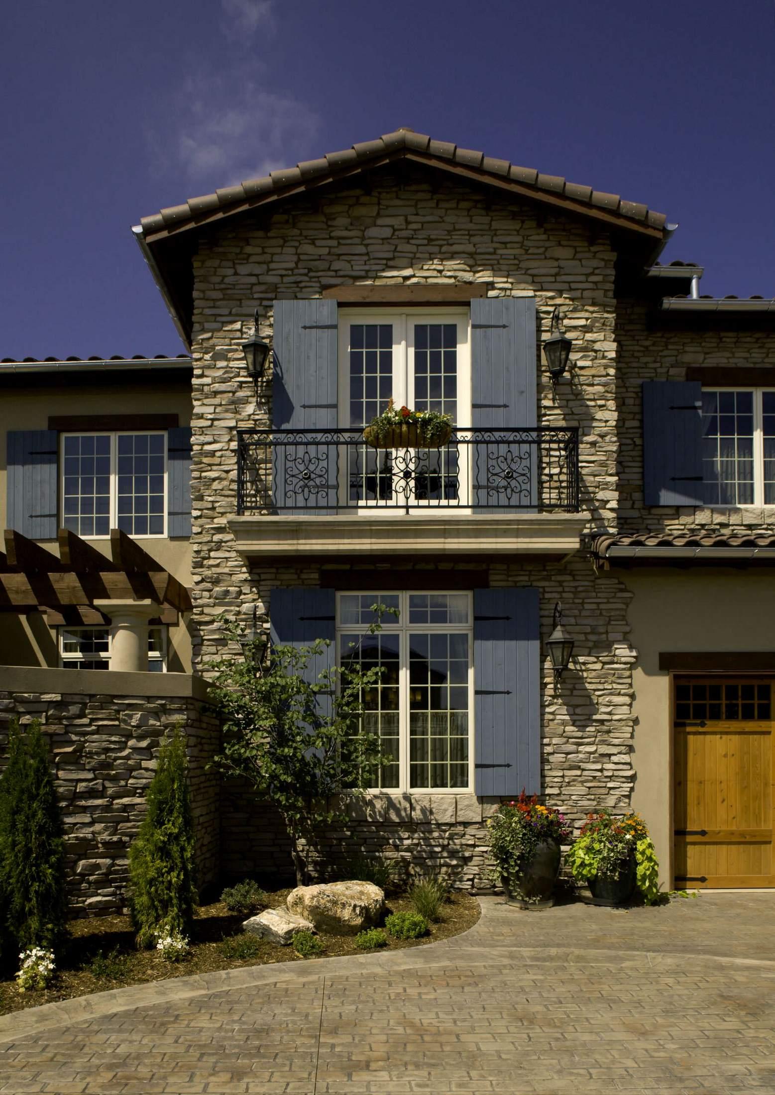 Дом в средиземноморском стиле