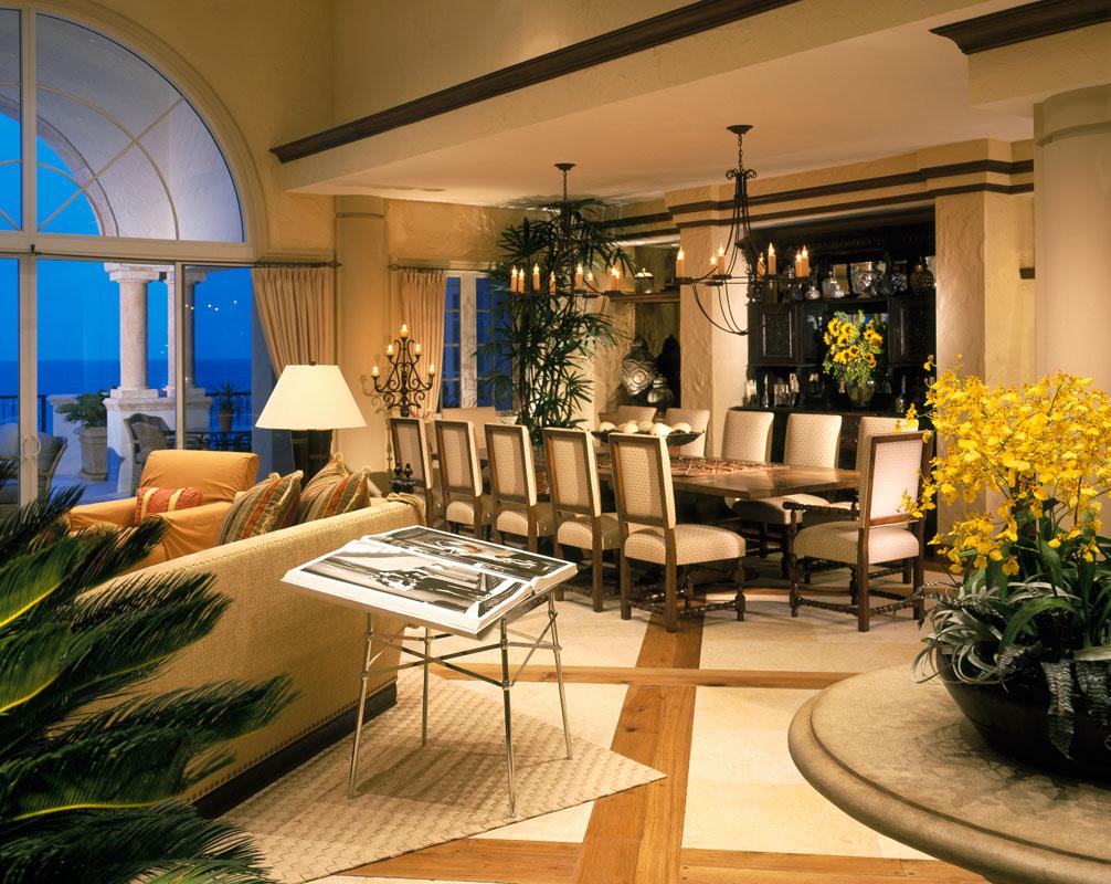 Гостиная-столовая в романтическом стиле