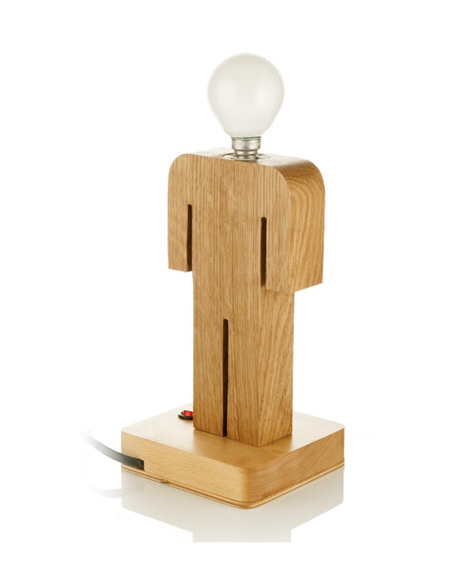 Настольная деревянная лампа в форме человечка