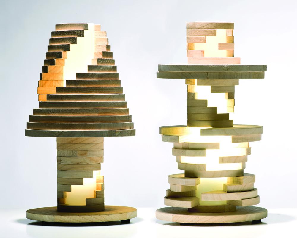 Необычные настольные светильники из дерева