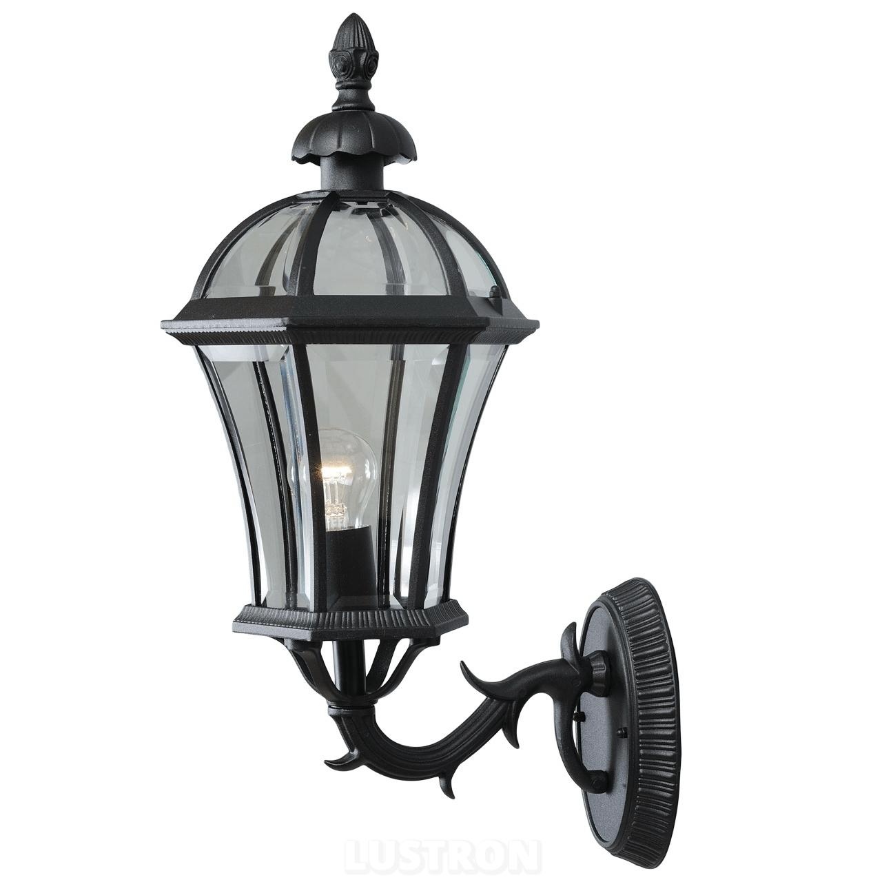 Уличный фонарь в классическом стиле