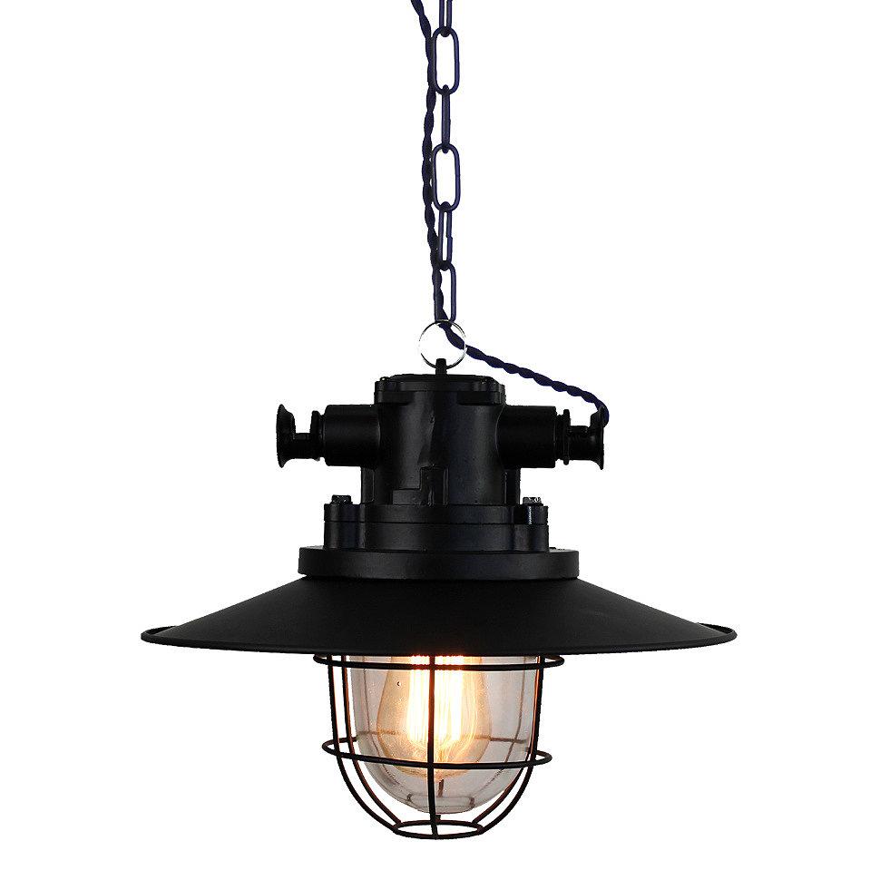 Черная лампа на цепи в стиле лофт