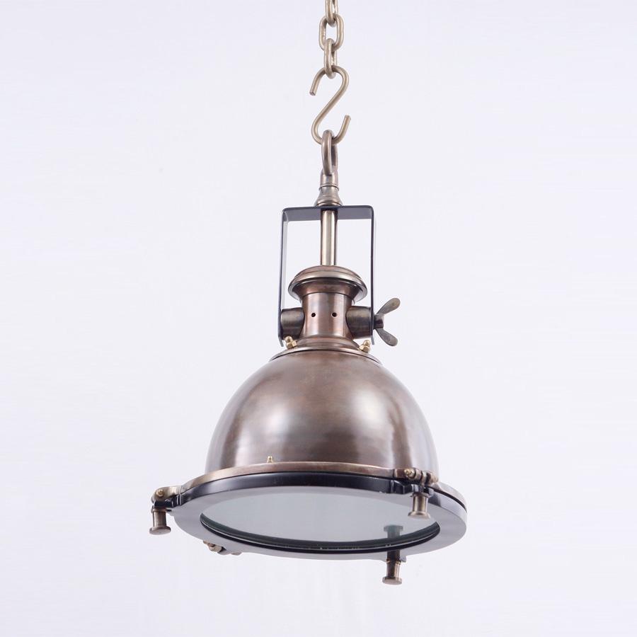 Подвесная лампа на цепи в стиле лофт