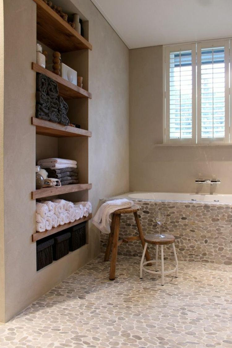 Полки встроенные в ванной