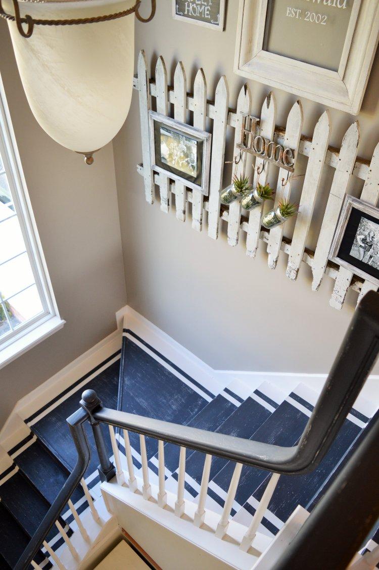 Белые перила для лестницы