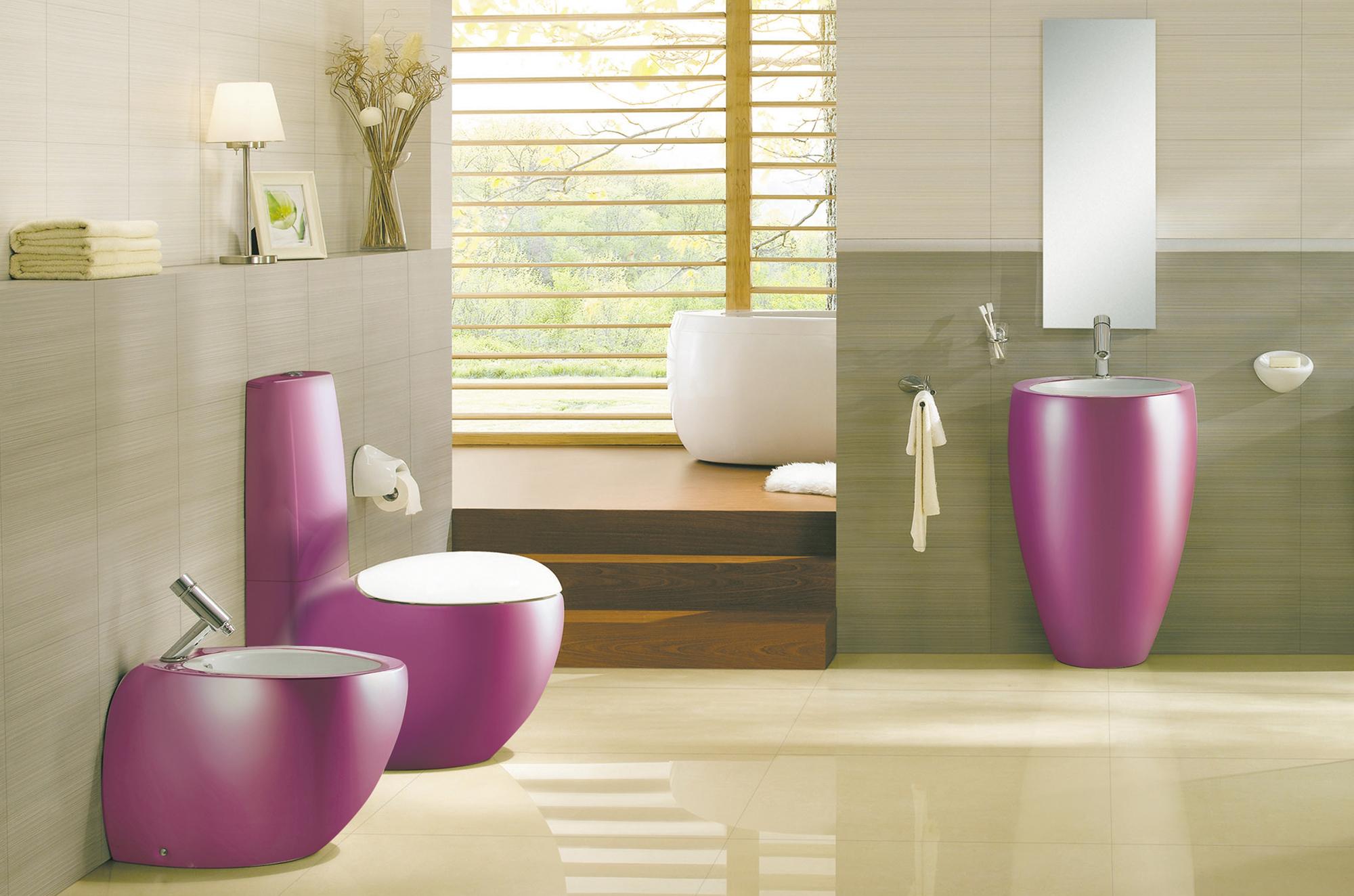 Сантехника в ванной цвета фуксия