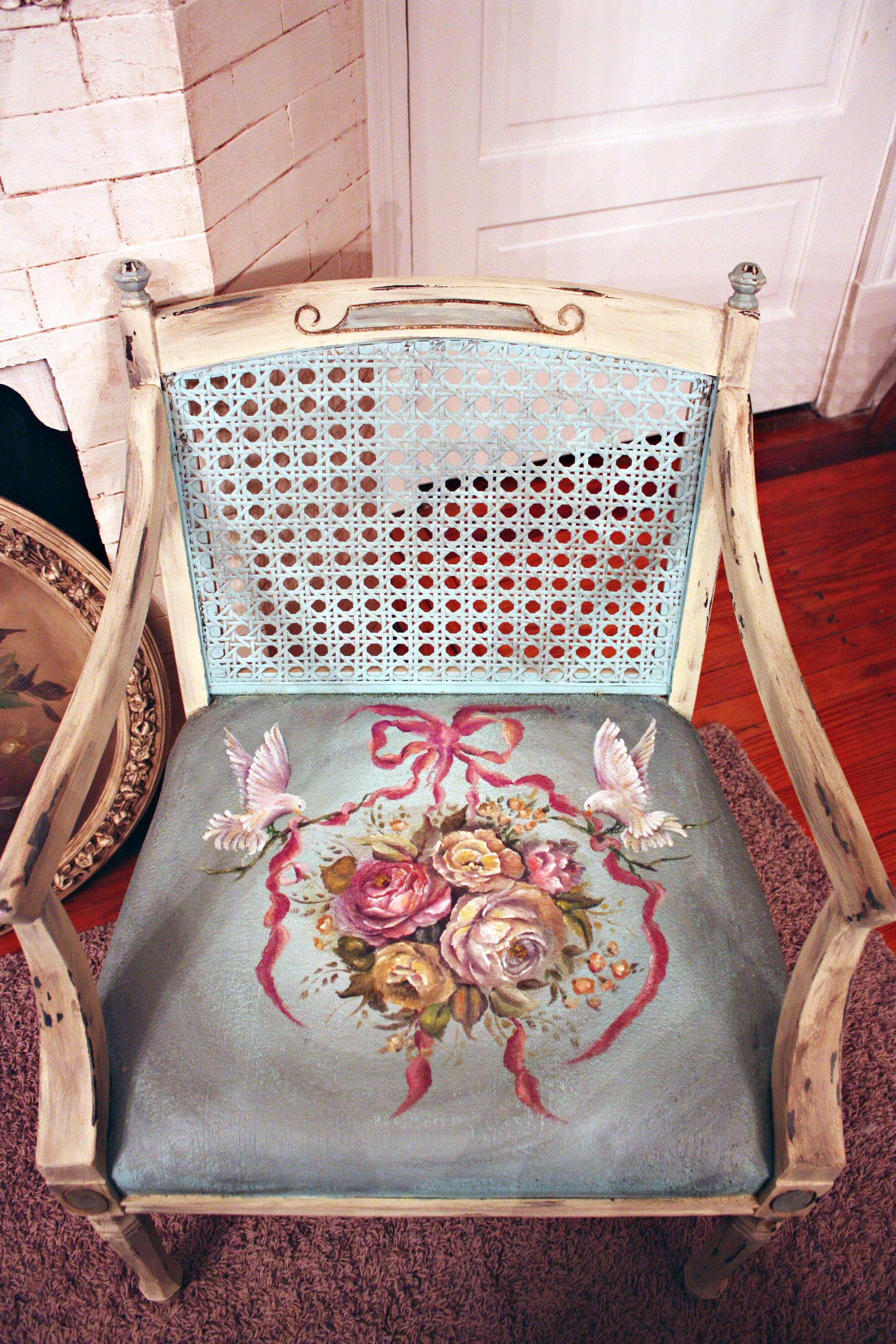 Роспись старого стула