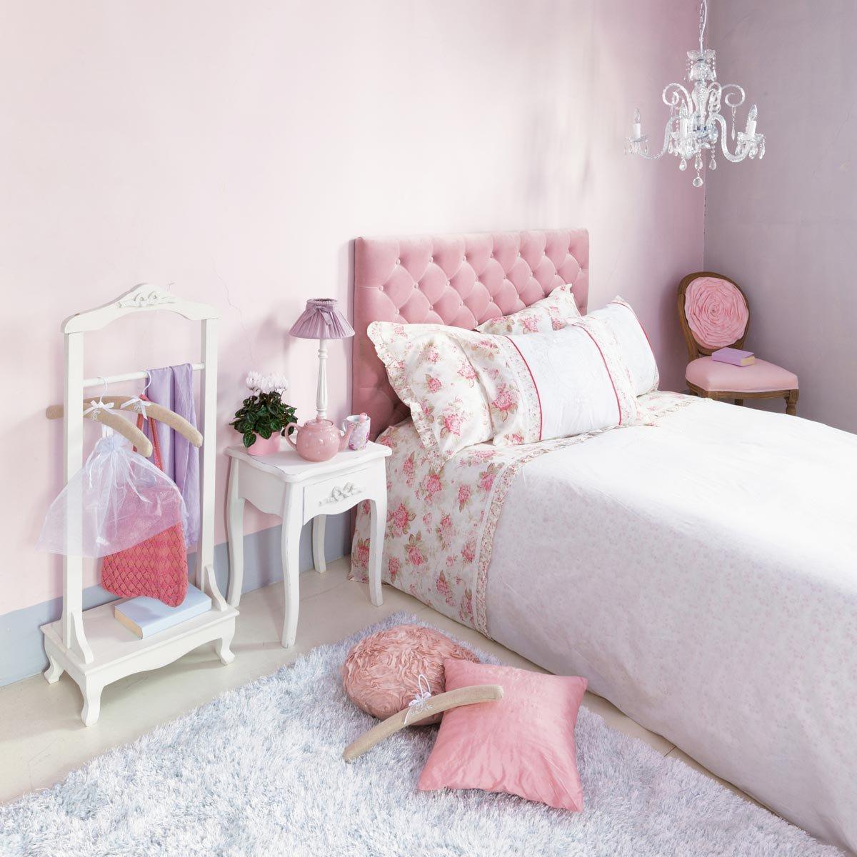 Кровать детская с мягким изголовьем