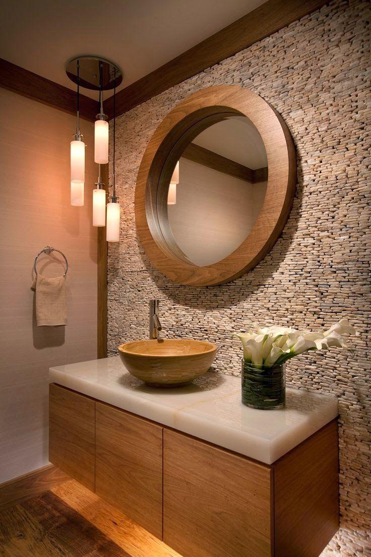 Коричневый декоративный камень в дизайне ванной комнаты